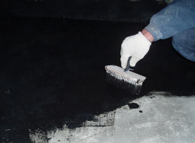 как нанести битумную мастику на бетон