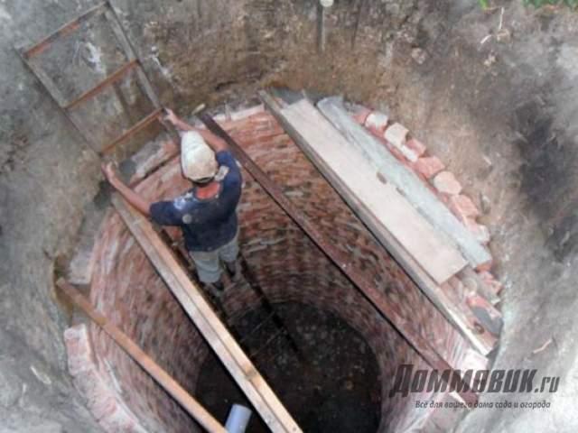 Как и из чего сделать сливную яму своими руками