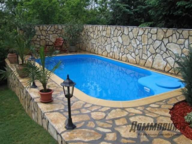 Оформить бассейн на даче красиво