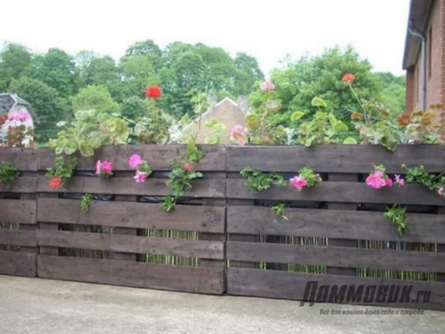 Забор на даче - необычные идеи и фото