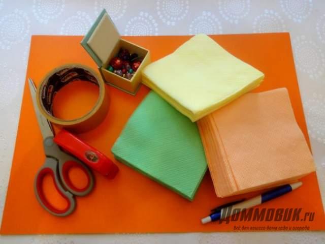 Материалы для создания елки из салфеток