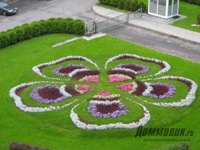 клумба в форме цветка